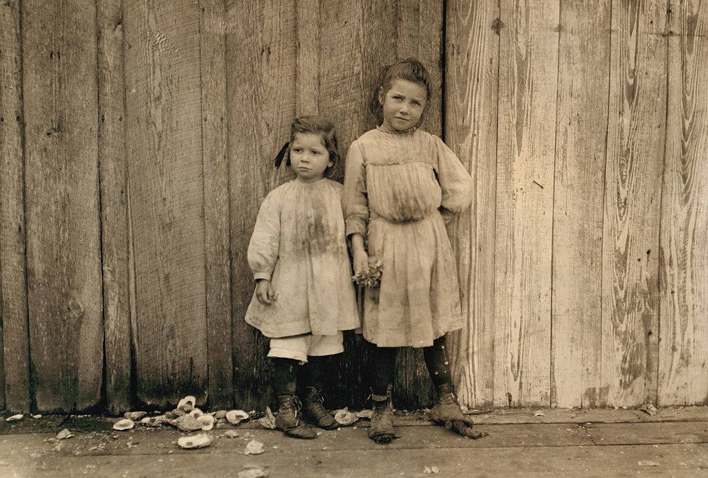 Picture of two girls