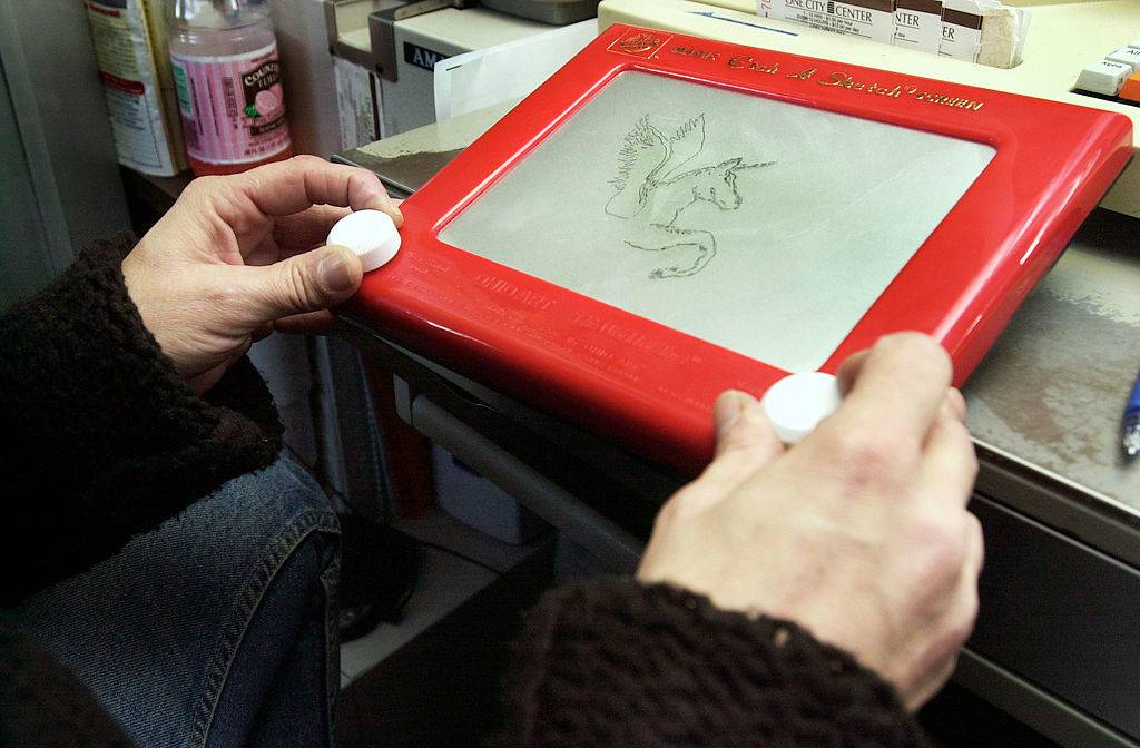 Picture of a Etch A Sketch