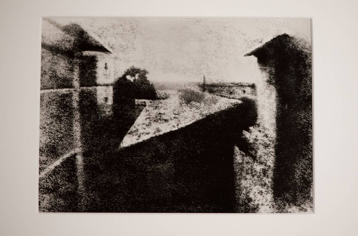 A copy of the first photo ever taken depicts a French estate.