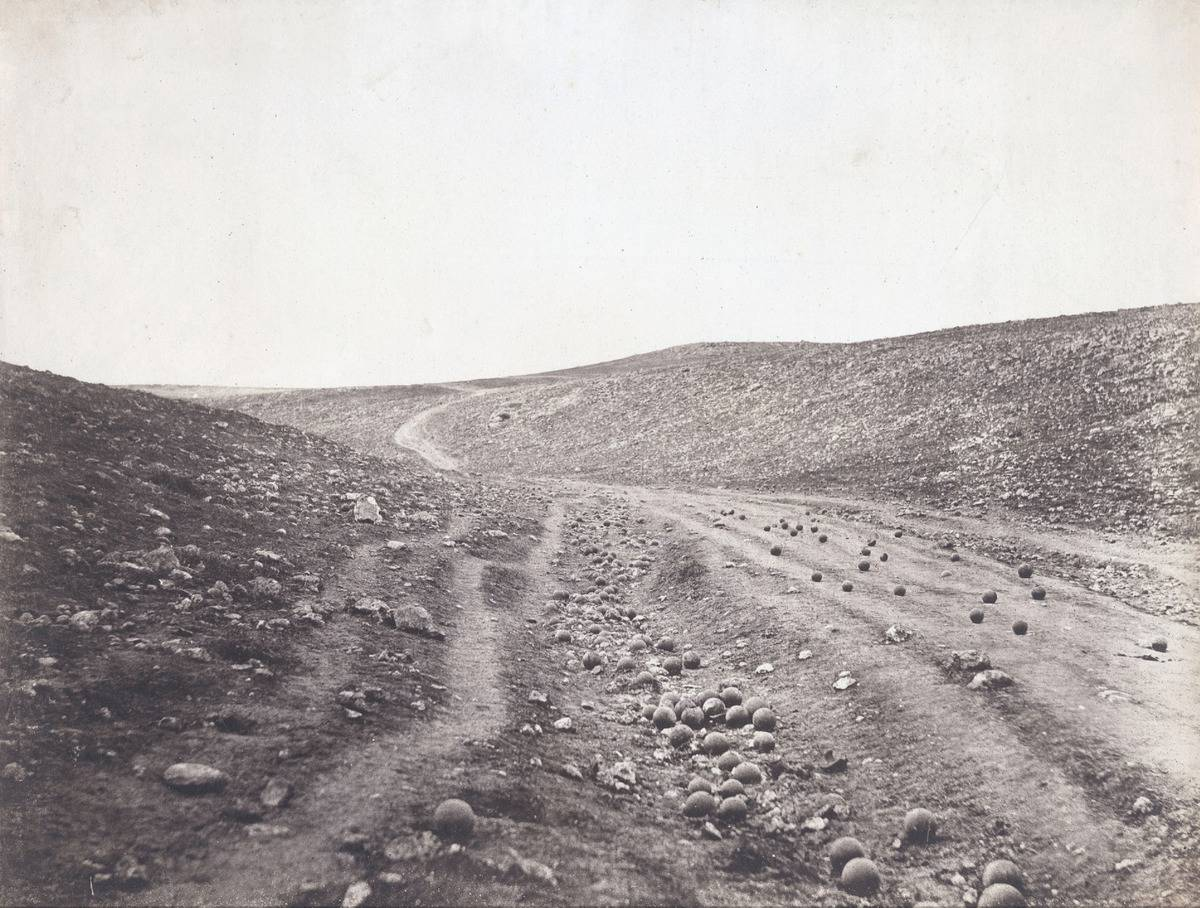 A field of war is shown, called The Valley of the Shadow of Death.
