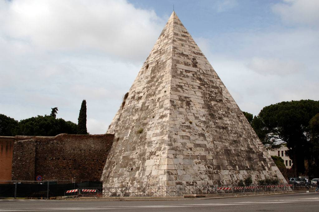 Picture of Pyramid of Cestius