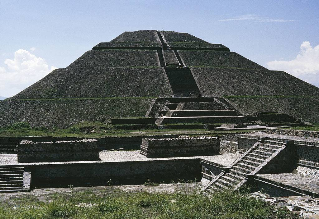 Picture of the Pyramid of the Sun