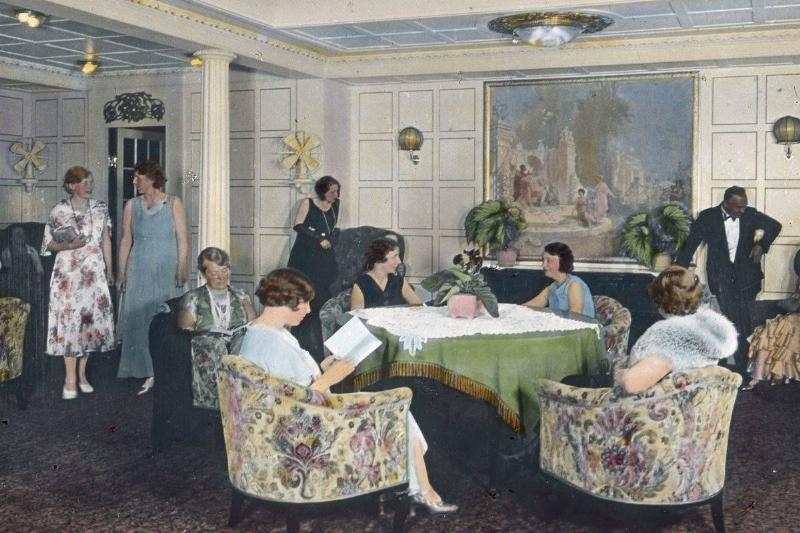 Passengers on board the Titanic sat in the lounge.