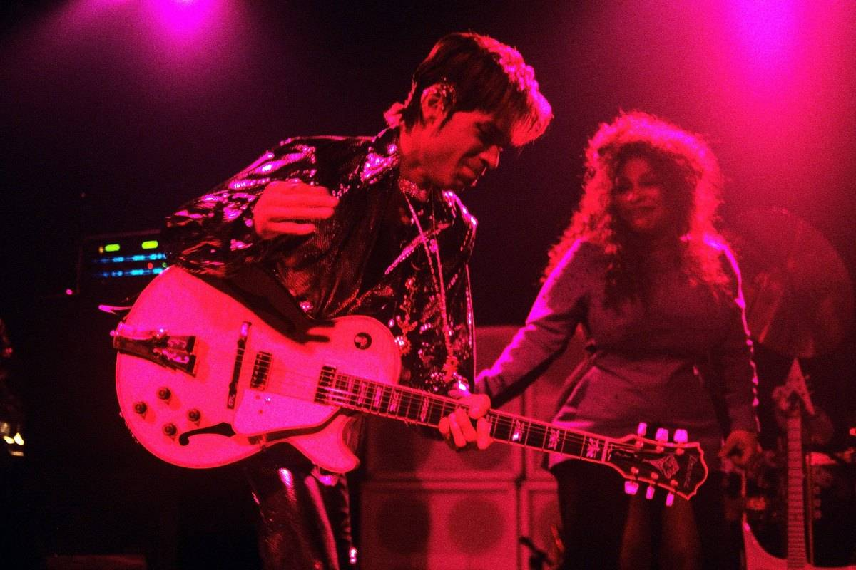Prince and the New Power Generation featuring Chaka Khan and Larry Graham Live Irving Plaza