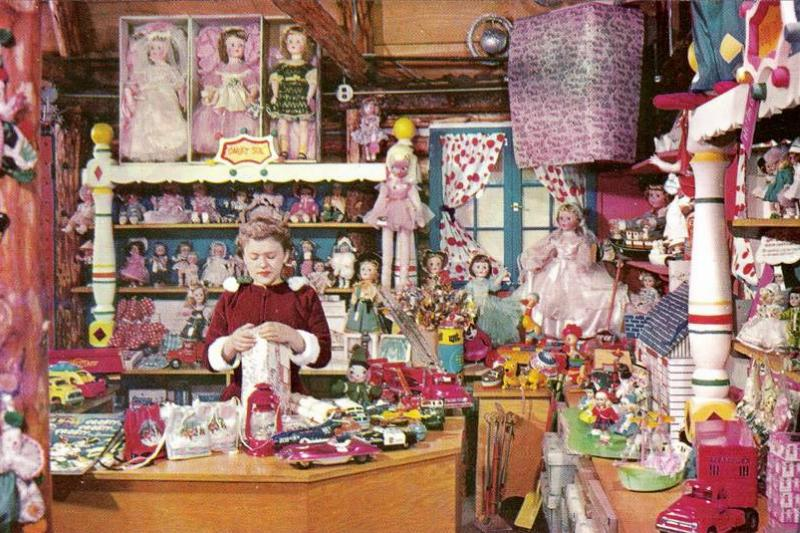 Santas_Village_Skyforest_CA_Doll_Shop