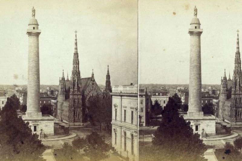 A photo from 1900 shows the Washington Monument.