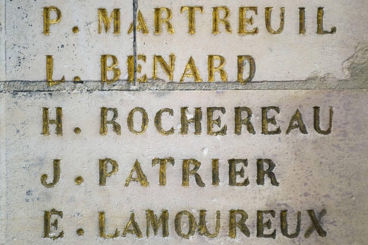 Hubert Rochereau is listed on a World War I memorial as H. Rochereau.
