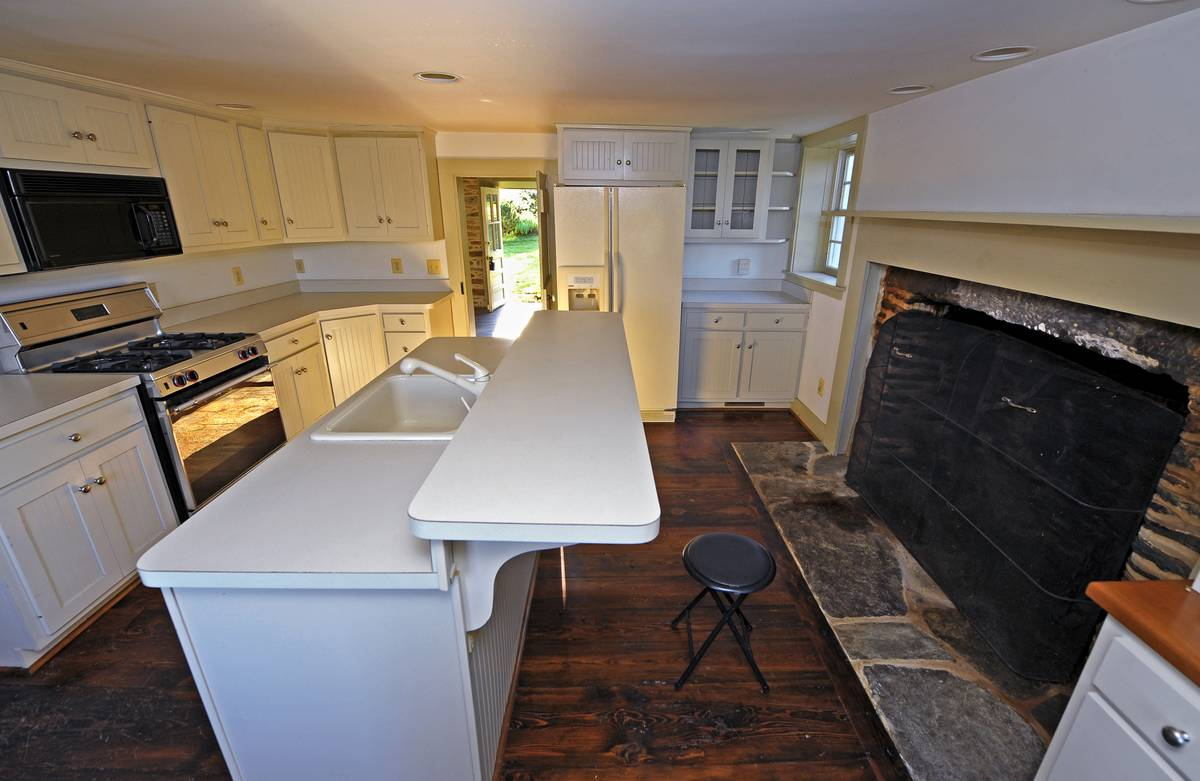A home from the 2000s with a large kitchen went on sale in 2011.