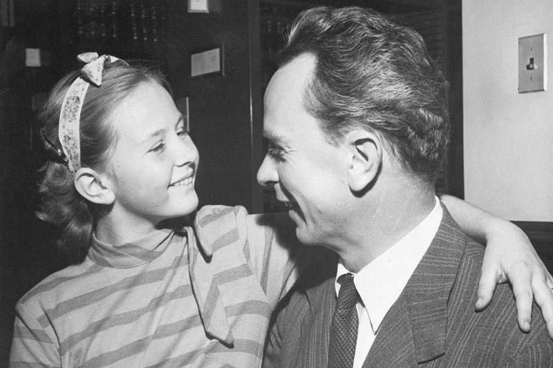 pia and petter lindstrom in 1950