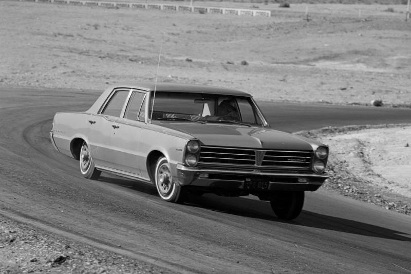 1965 Pontiac Grand Prix - GTO - Bonneville - Tempest - Catalina