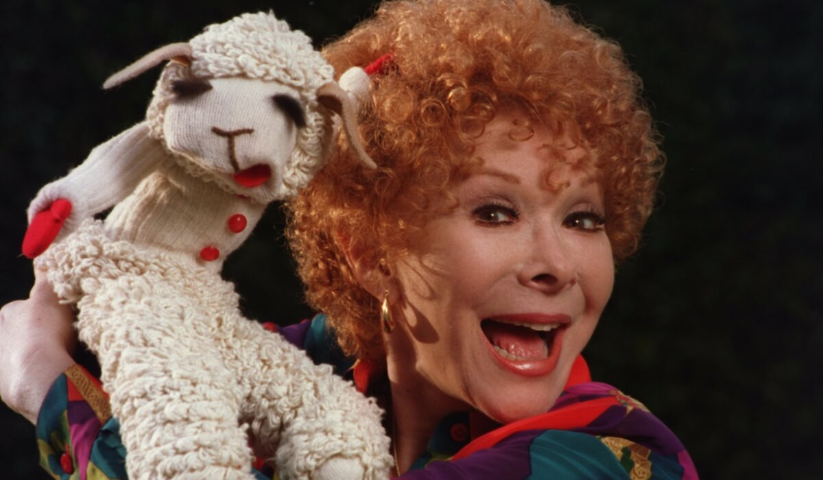shari-lewis-and-lamb-chop-2.jpg