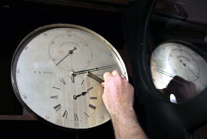 Clockwinder obsolete jobs.jpg
