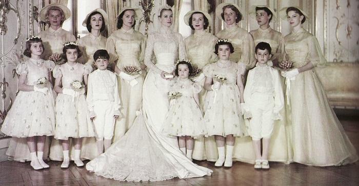 Grace Kelly Wedding Dress.jpg
