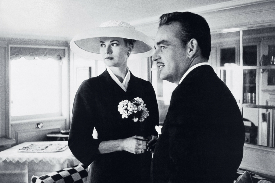 Grace Kelly and Husband.jpg