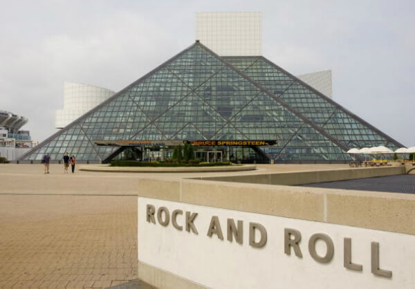 Rock & Roll Hall Of Fame.jpg