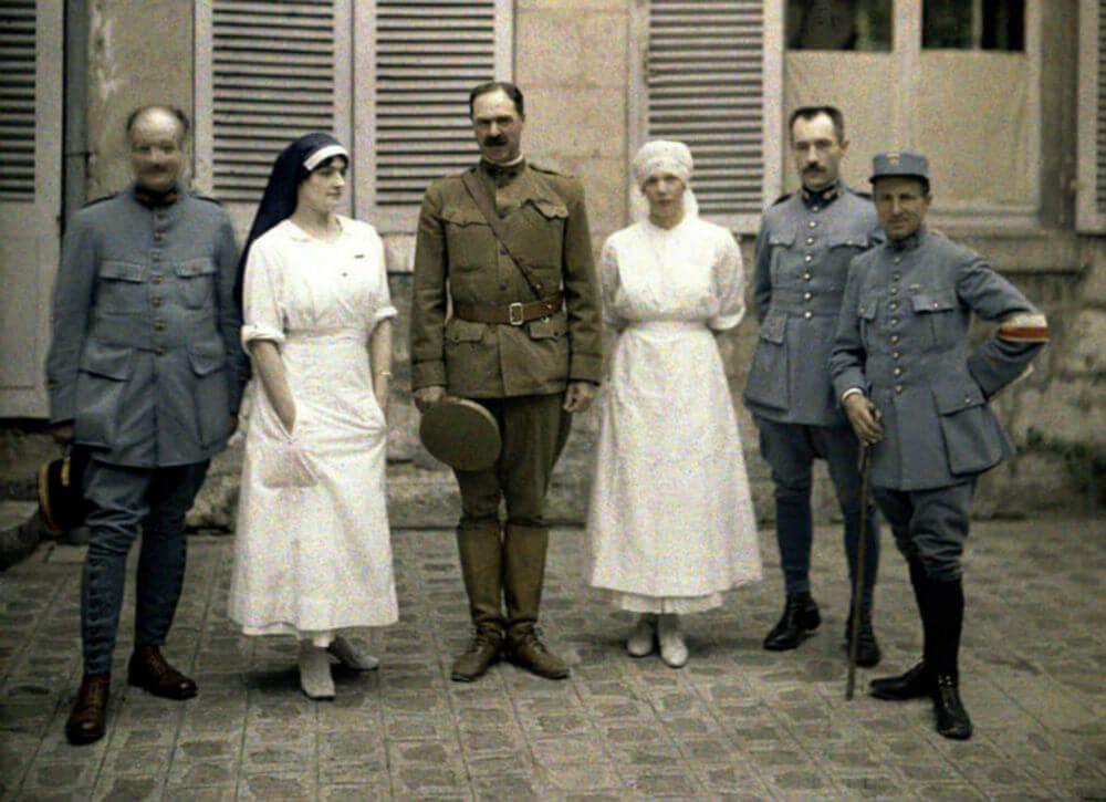 Nurses and Soldiers.jpg