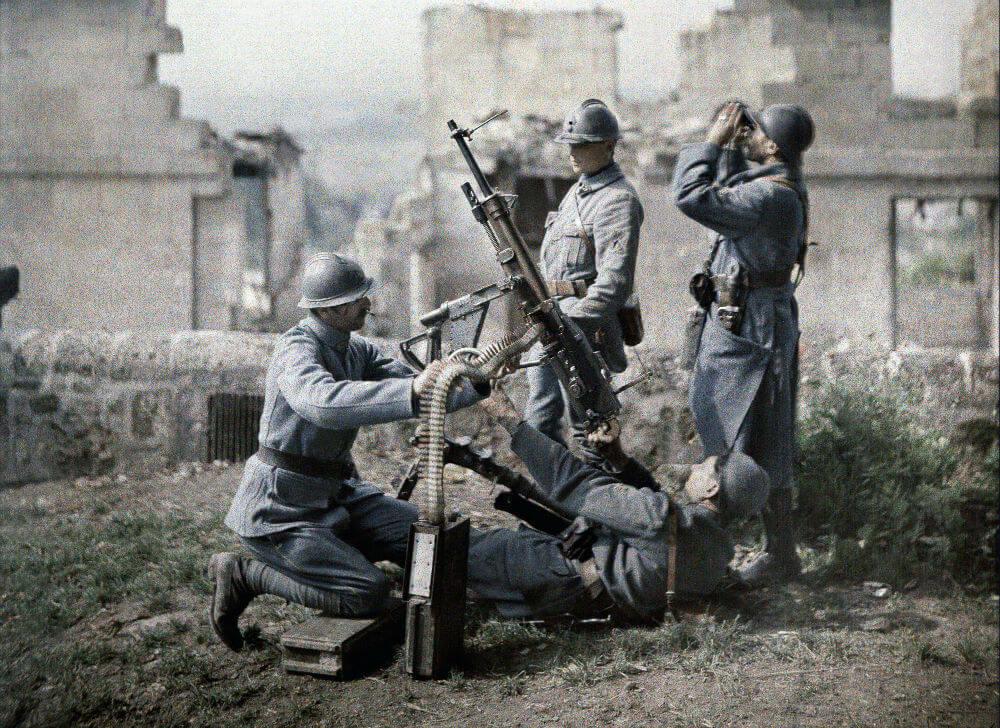 Soldiers Loading.jpg