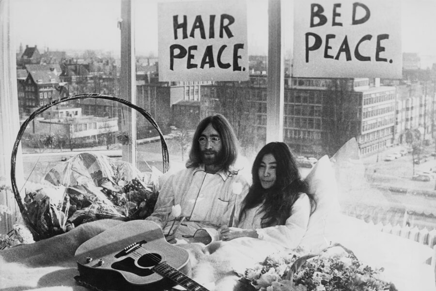 lennon ono bed in.jpg